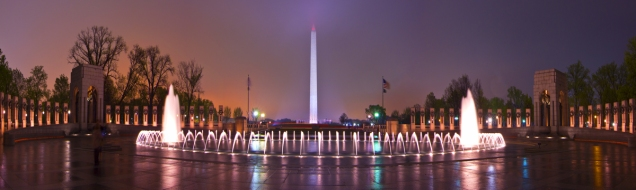 Panoramic view of Washington Monuments and World War II Memorial
