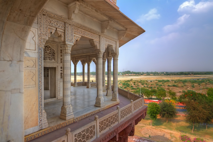 Shah Jahan's private hall Diwan-e-Khas in Agra Fort.